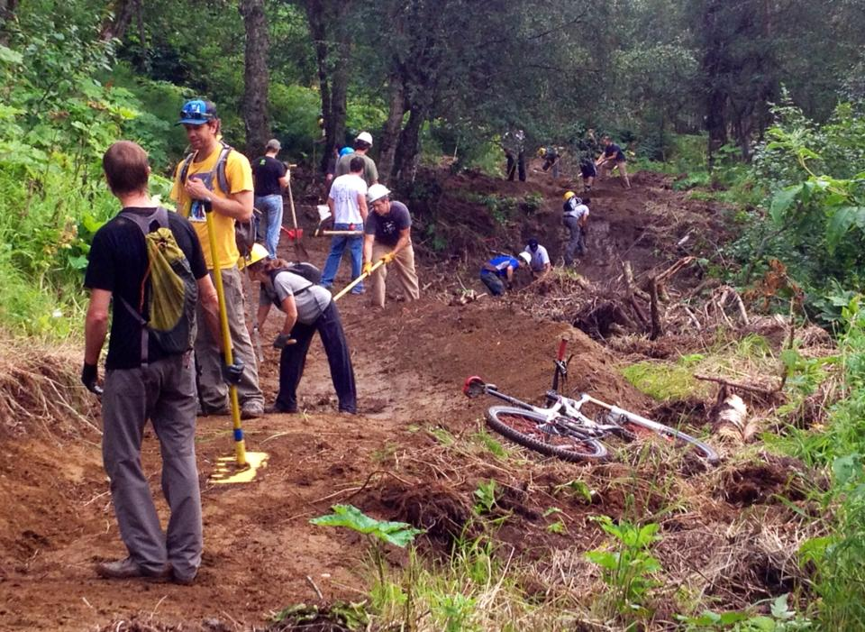 Can Volunteer Mountain Bikers Help The FS Give Trail Users a Better Experience?-8_12_2013-trail-work.jpg
