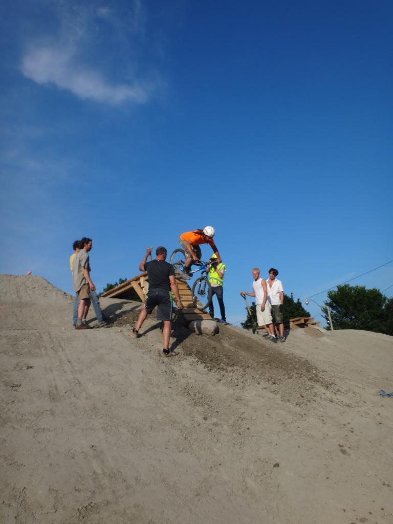E.C. Throwback Thursday-904903d1404189066-volunteer-work-day-sunnyside-bike-park-dsc05468_zps97923a12.jpg