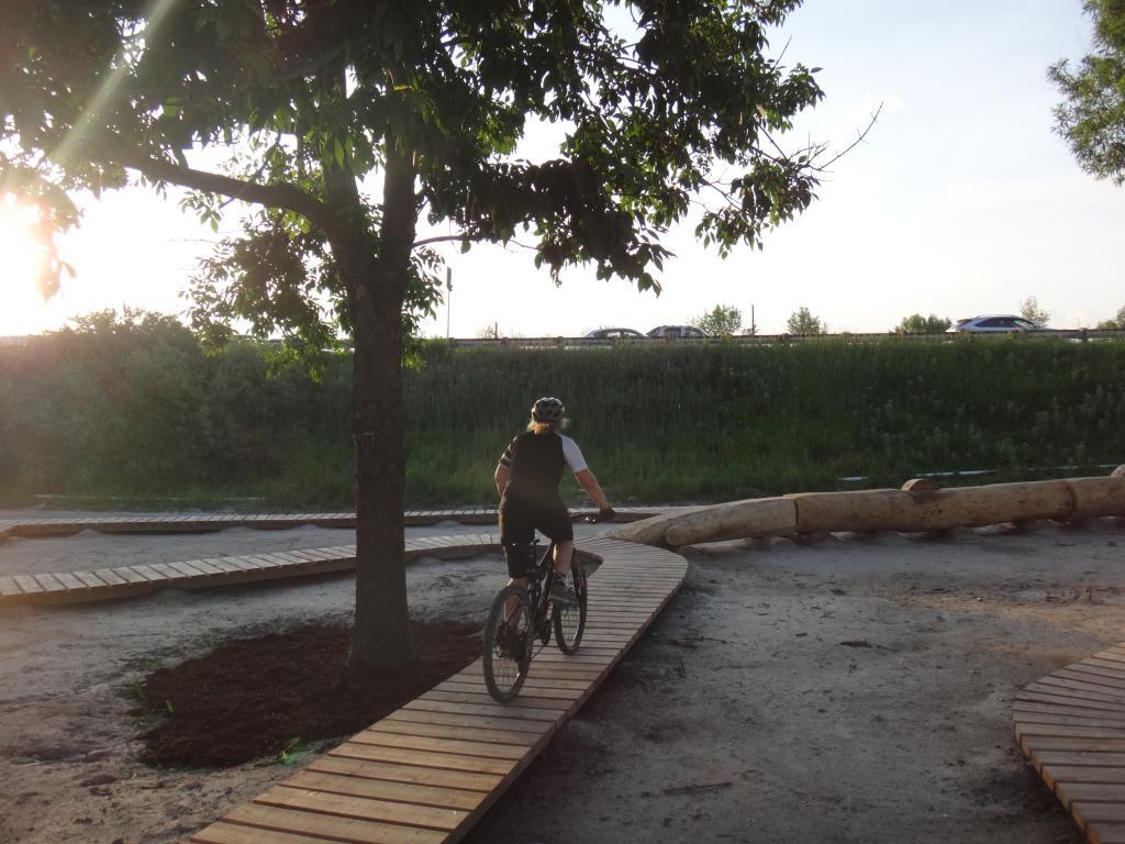E.C. Throwback Thursday-904906d1404189075-volunteer-work-day-sunnyside-bike-park-dsc05492_zps77a0509d.jpg