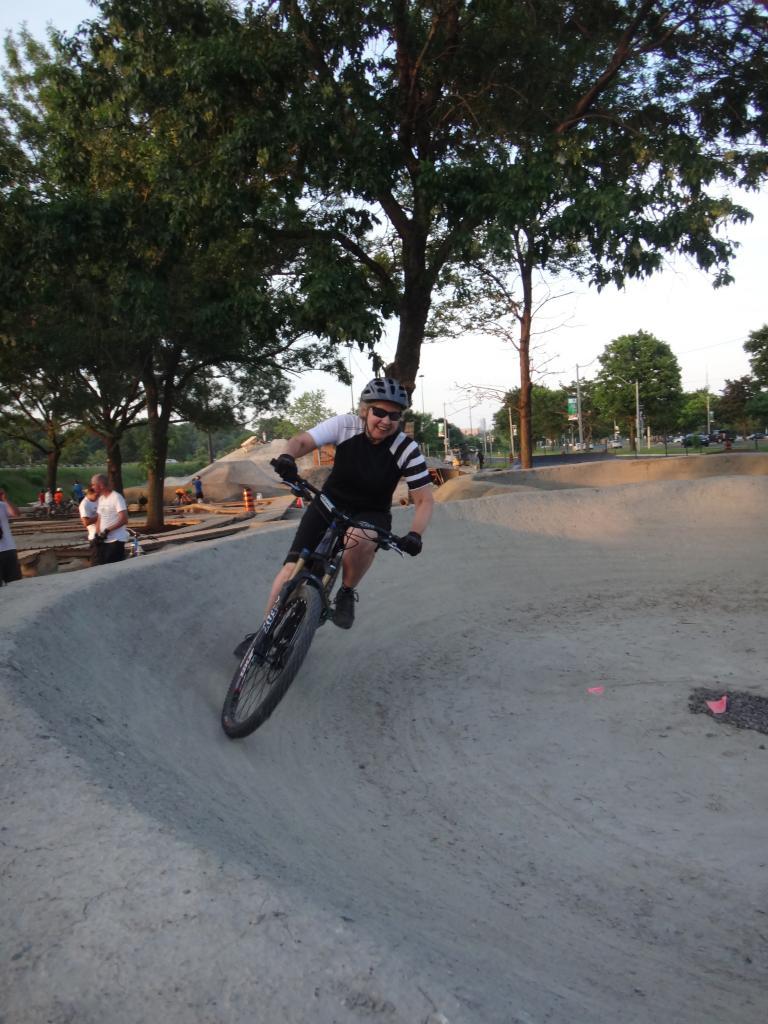 E.C. Throwback Thursday-904911d1404189085-volunteer-work-day-sunnyside-bike-park-dsc05526_zps674f1458.jpg
