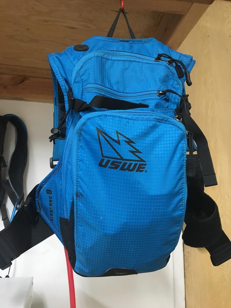 The Best MTB Day Pack I've Found-919e84ab-0e6e-47ec-83ff-a89b3932b33d.jpg