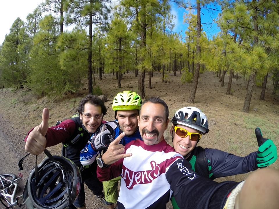 Mountain biking in Tenerife, Canary Islands-923413_10151825152092703_2046217967_n.jpg