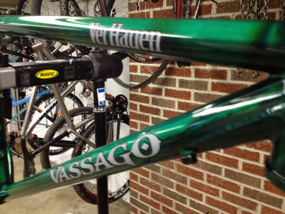 Vassago Cycles Verhauen First Ride Impressions-960208_10151588940694410_1595247193_n.jpg