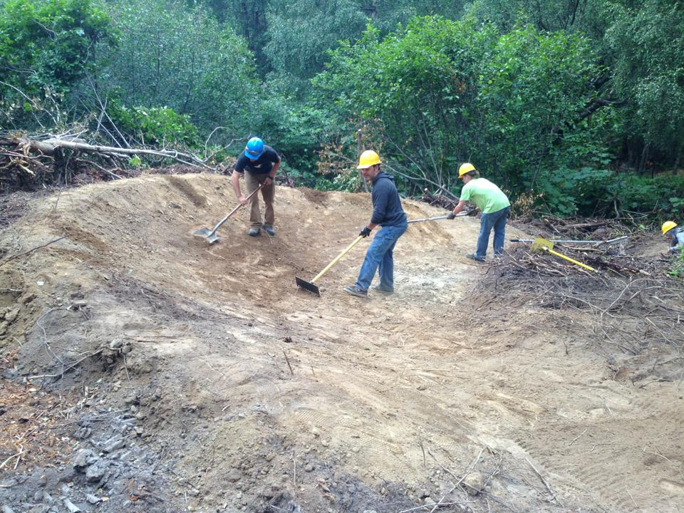 Can Volunteer Mountain Bikers Help The FS Give Trail Users a Better Experience?-970311_10153082432925366_1001764251_n.jpg