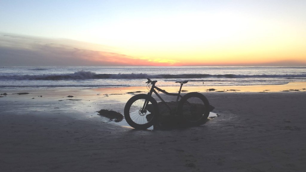 Beach/Sand riding picture thread.-977418_10152011310808971_531738715_o.jpg