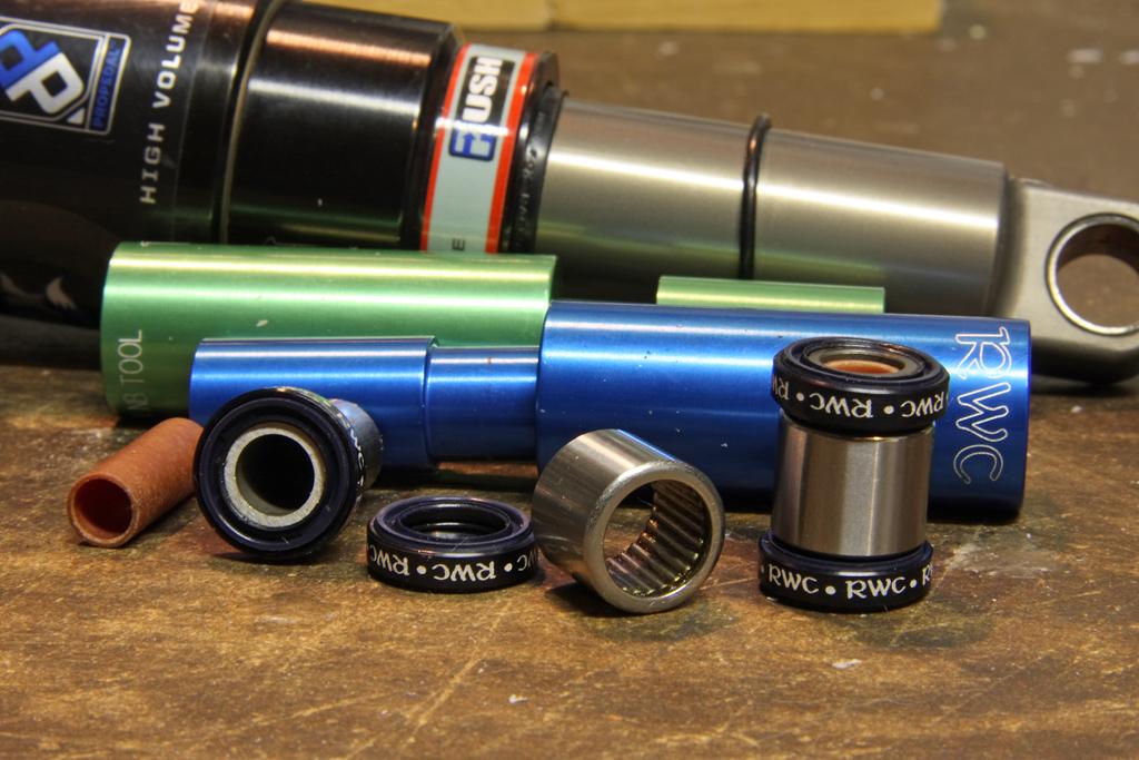 Enduro shock eye needle bearing kit-_mg_0090-copy-copy.jpg