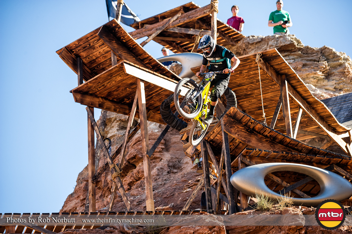 Brendan Howey On the Oakley Sender - Redbull Rampage Qualifying 2013