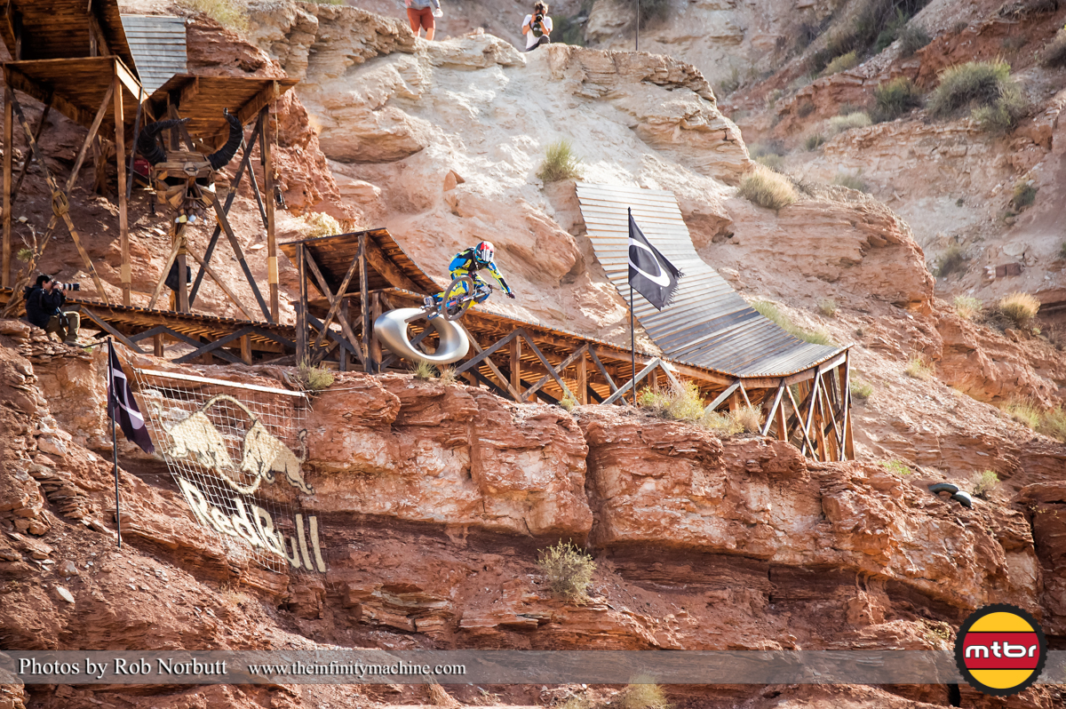 Nico Vink Tables the Oakley Sender - Redbull Rampage 2013 Finals