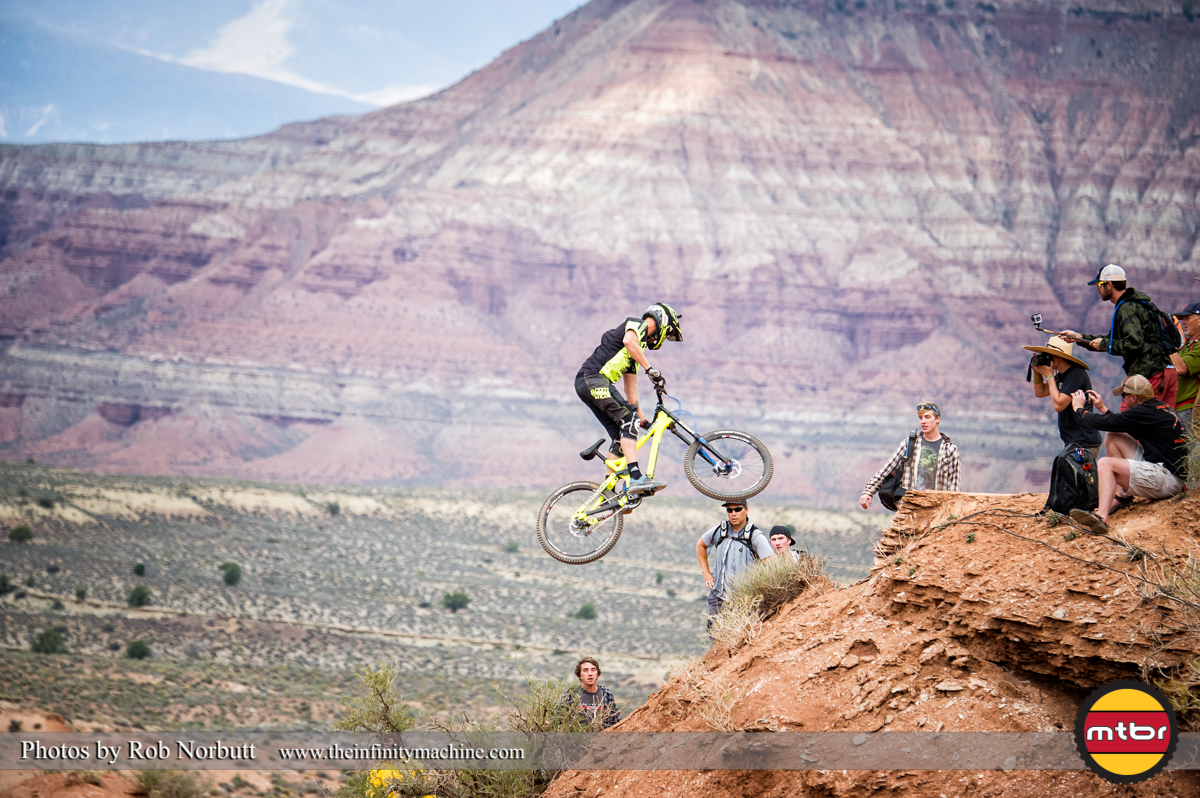 Pierre Eduard Ferry 360 - Redbull Rampage 2013 Finals