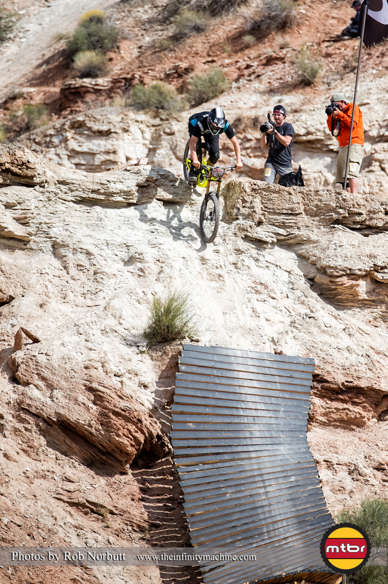 Brendon Howey Rolling Into the Sender - Redbull Rampage 2013 Finals