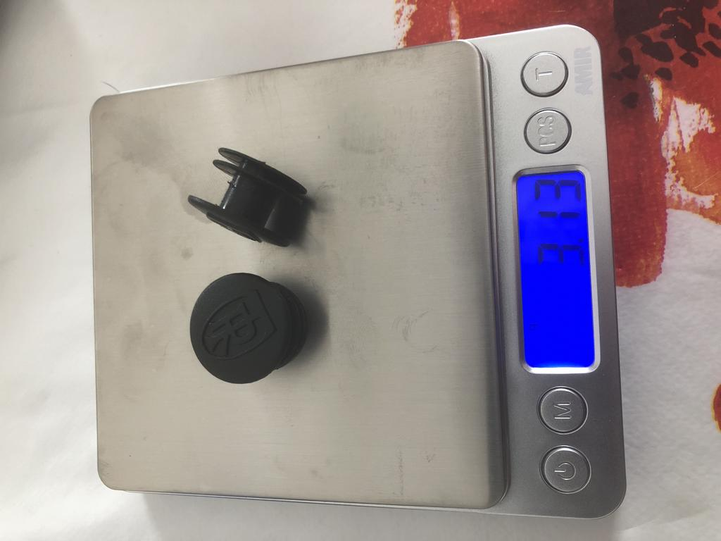 Cheap, super leightweight integrated tubeless repair kit.-a149bf20-69d3-4e35-b037-dad183c0ee10.jpg