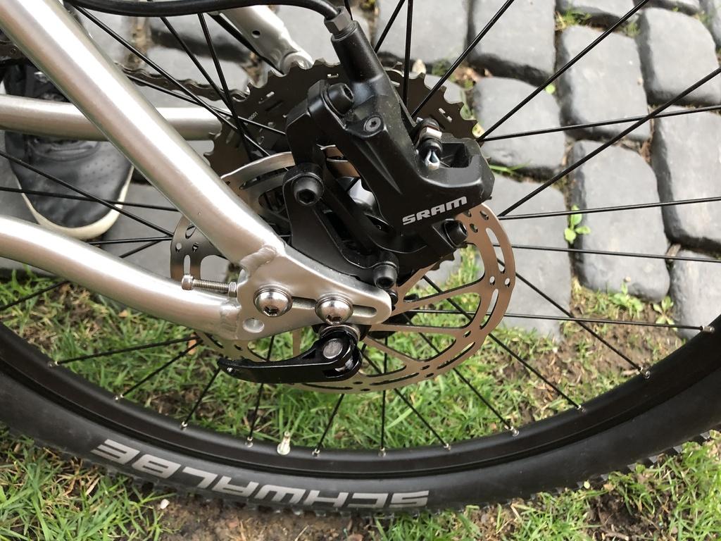 Nice Bike_Early Rider Hellion/T24-a34dee11-fffc-4f94-b890-b175edd70385.jpg