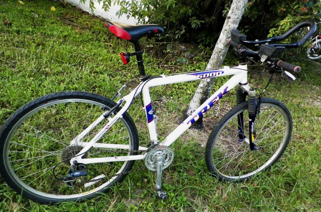 Thrift store find - 2000 trek 6000 set up as road/race bike?-aa-bicycle-trek-6000-3aa.jpg