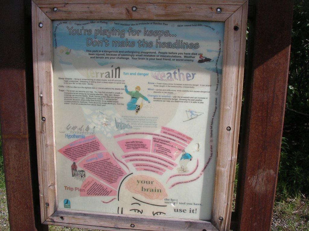 Trail signage-ab35.jpg