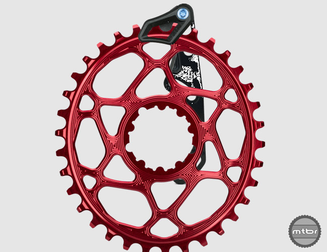 The new guide is available in a number of fitting options (ISCG05, ISCG05-BSA, HDM or S3/e-type) to ensure any rider, especially those using oval chainrings, can benefit from the added peace of mind the lightweight chain guide provides.
