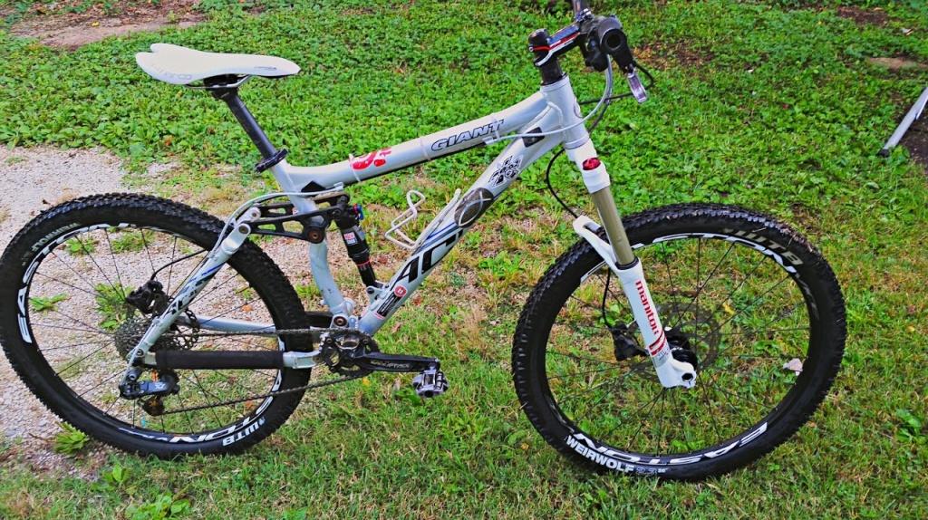 Old riders, old bikes.-acallnew.jpg