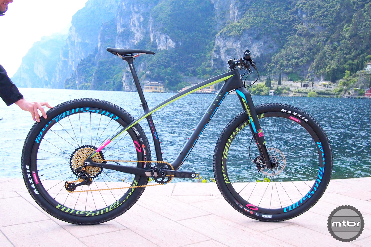 The Niner AIR 9 RDO with SRAM Eagle and Niner Carbon wheels.