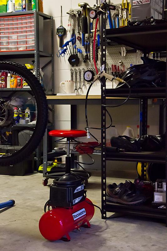 "The ""What's your shop look like?"" thread-air-compressor-devo-saddle-no-tubes_img_7264-edit.jpg"