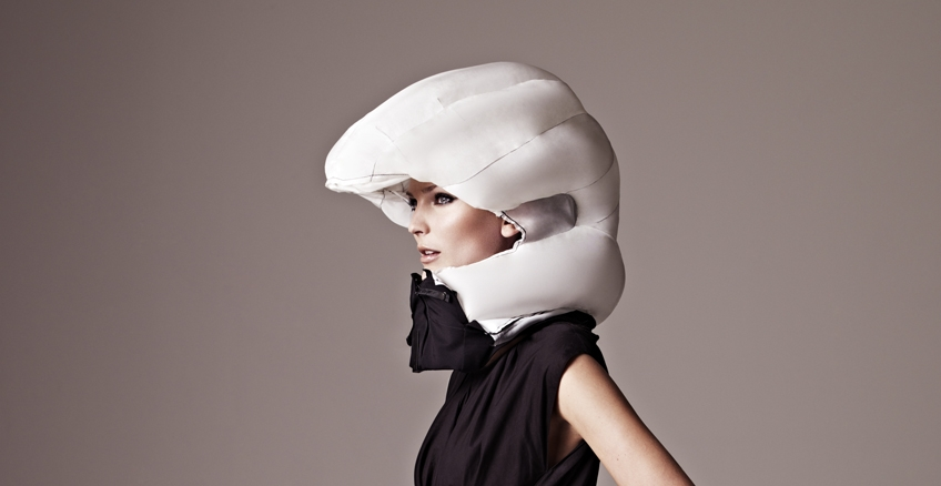 Commuter Fashion-airbag-helmet-collar-chieftain-hovding.jpg