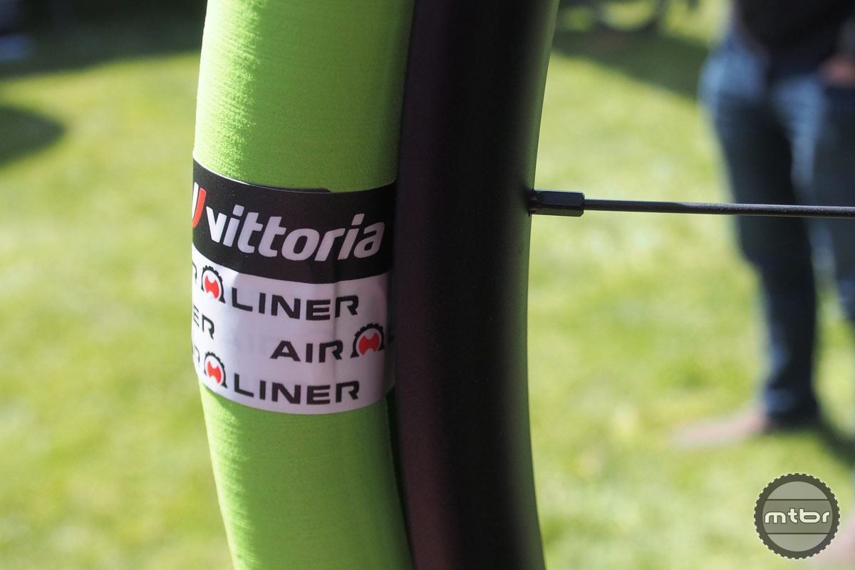 Vittoria Air-Liner