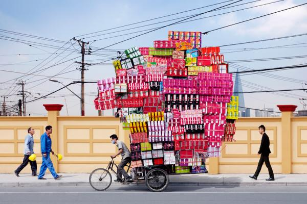 remarkable things transported on your bicycle commute-alaindelormetotem.jpg