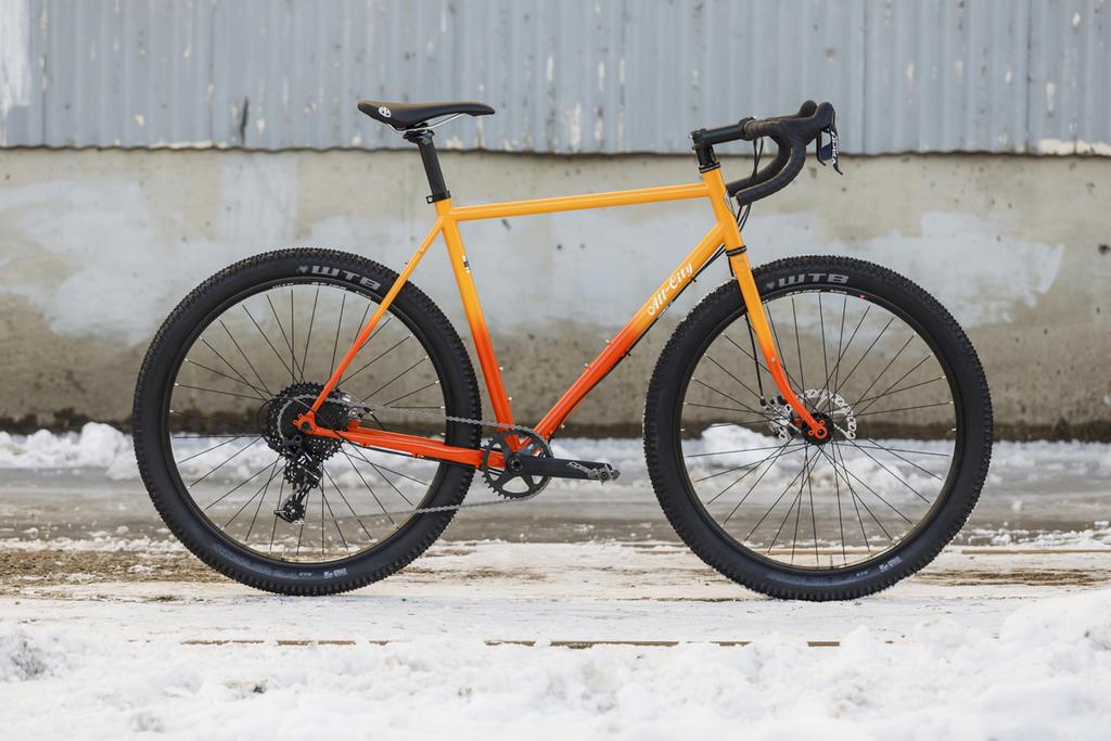 -all-city-cycles-gorilla-monsoon-27-plus-monster-cross-gravel-bike-24.jpg