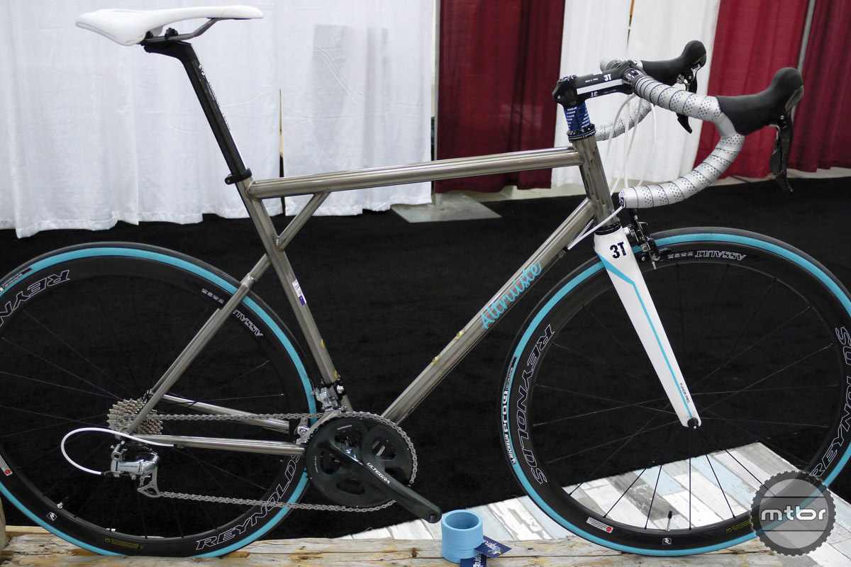 An example of one of the beautiful road frames Gabo builds under the Altruiste brand. We liked this one so much; we included it in our best in show roundup from NAHBS 2015.