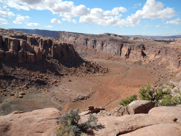 Moab question, is TWE exposed at all? Difficulty compared to Sedona?-amasa-back-resize.jpg