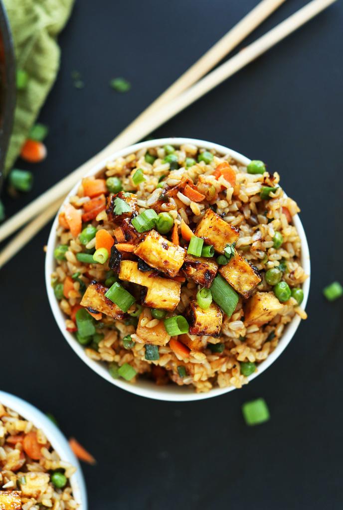 Vegetarian / Vegan / Raw recipes & chat-amazing-healthy-vegan-fried-rice-crispy-tofu-vegan-glutenfree-recipe-chinese-friedrice-mini.jpg