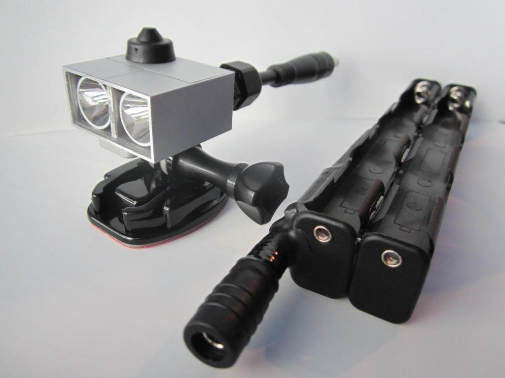 best bike lights that use AA/AAA-amoeba-aa.jpg
