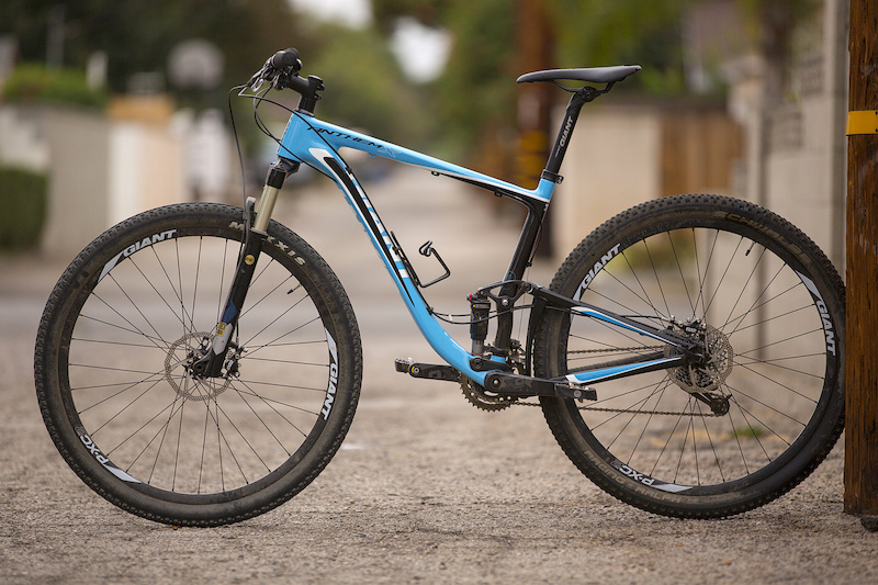 Top 7 Full Suspension 29ers in carbon...In no particular order.  Thoughts???-anthem-x.jpg