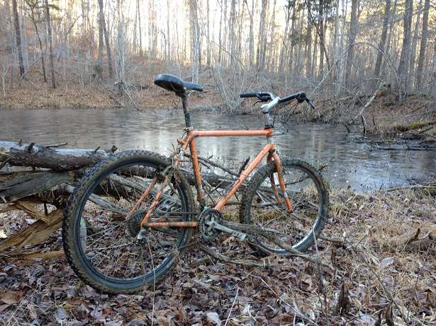 Show us a picture of your 26er MTB that you still use on the trails-apex.jpg