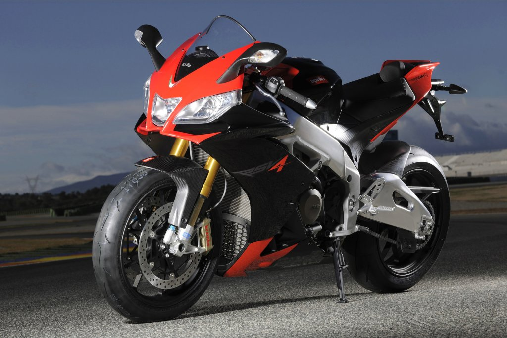 Apart from the obvious, what would you really like?-aprilia-rsv4_factory_mp106_pic_65648.jpg