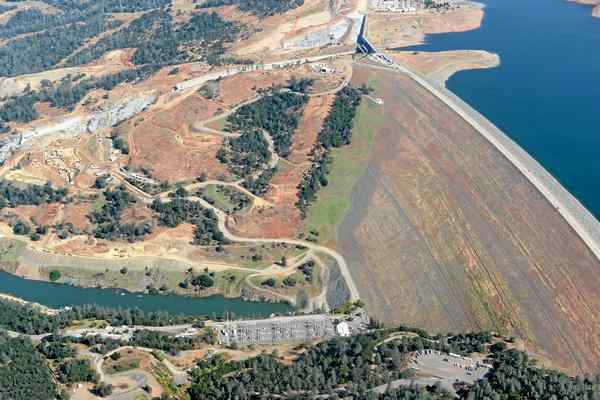 OT: The Oroville Reservoir situation-arrr.jpg