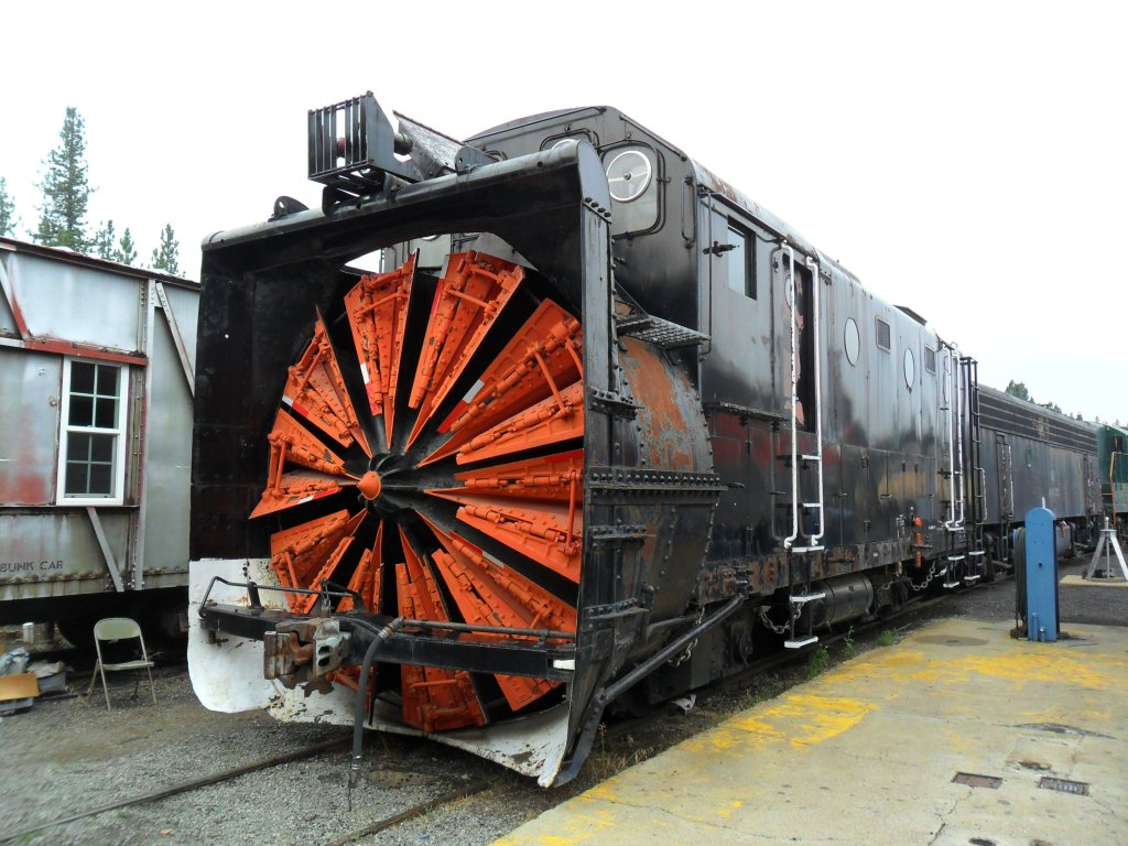 Who Likes Trains?-aug-11-14-portolaelytrains-028.jpg