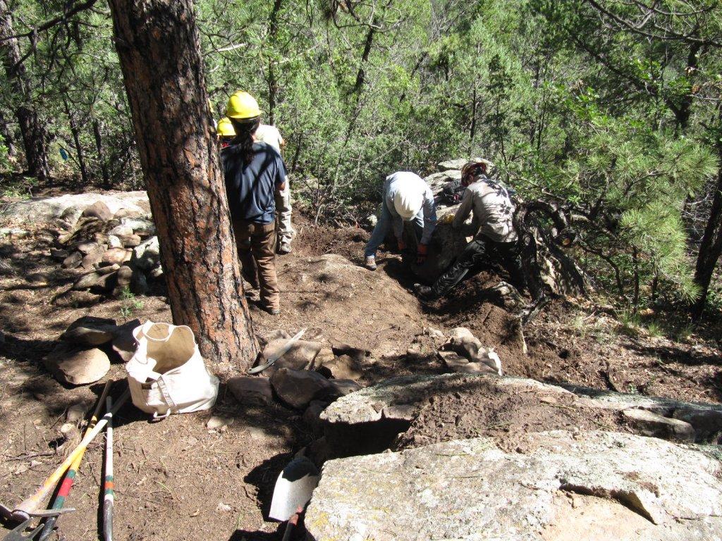 Three Bottles technical trail build-aug-trail-work-3-bottles-002.jpg
