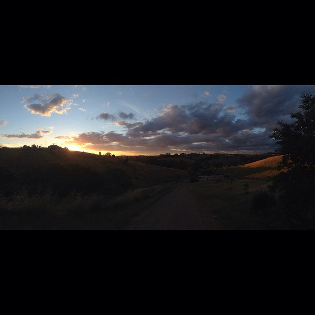 Sunrise or sunset gallery-aussiesunset.jpg