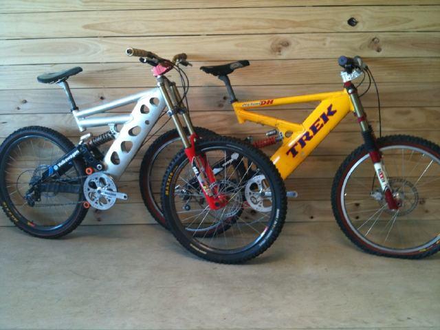 Old School DH bikes-axg0.jpg