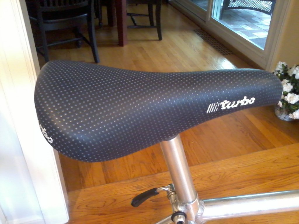 period correct saddle options for '90 mb1-b3.jpg