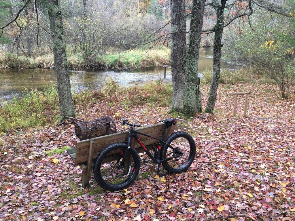 2016 Trek Farley 5, 7, 9, 9.6, and 9.8 Fat Bikes-backhome.jpg