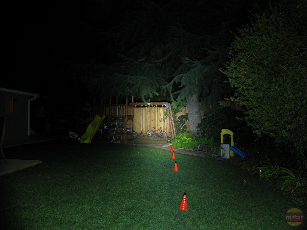 backyard-br-lights-c2.jpg