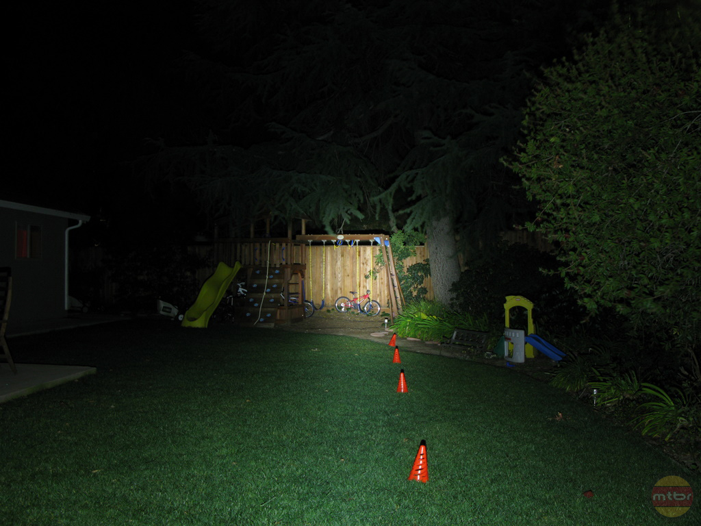 backyard-br-lights-jeni.jpg