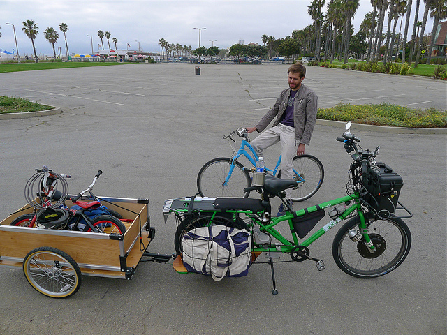cargo bike diy add-ons-bag-runner.jpg