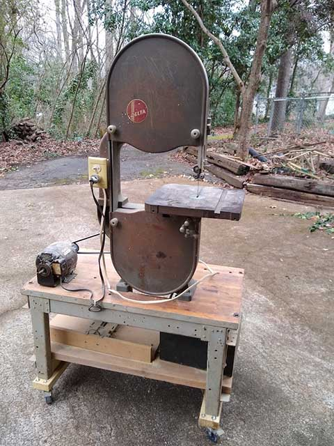 Woodworking-bandsaw.jpg