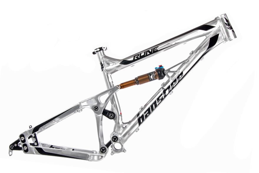 looking to buy an All Mnt bike, need help...-banshee-rune.jpg
