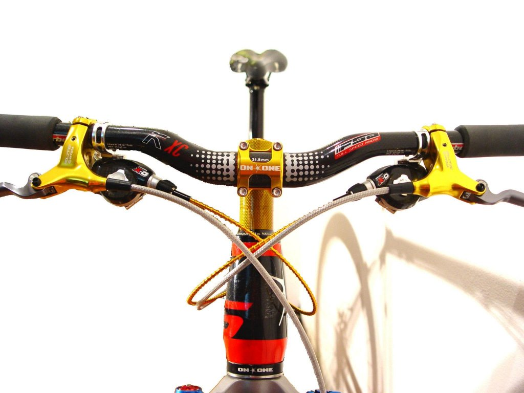 On One Bike pictures......-bars-front-.jpg