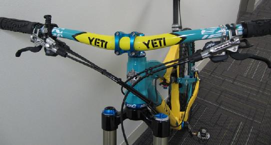Another new member to the Yeti 575 25th anniversary club-bars.jpg