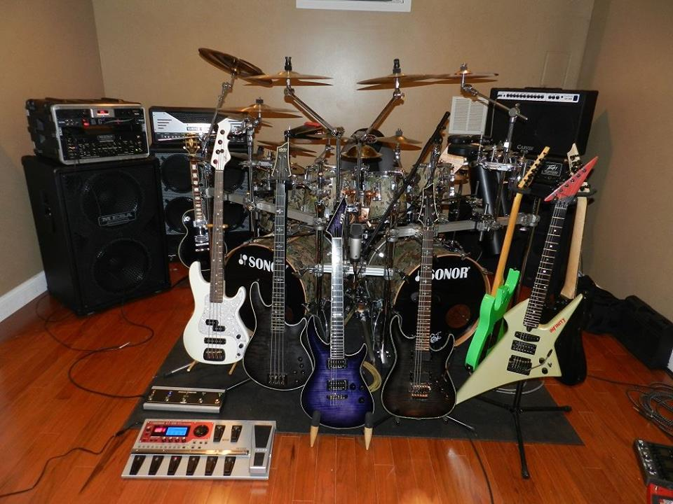 Musical Shredders.....or at least rider/musicians-basementwguitars.jpg