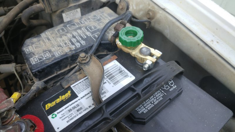 Car break-ins at the local trailheads.-battery-switch.jpg