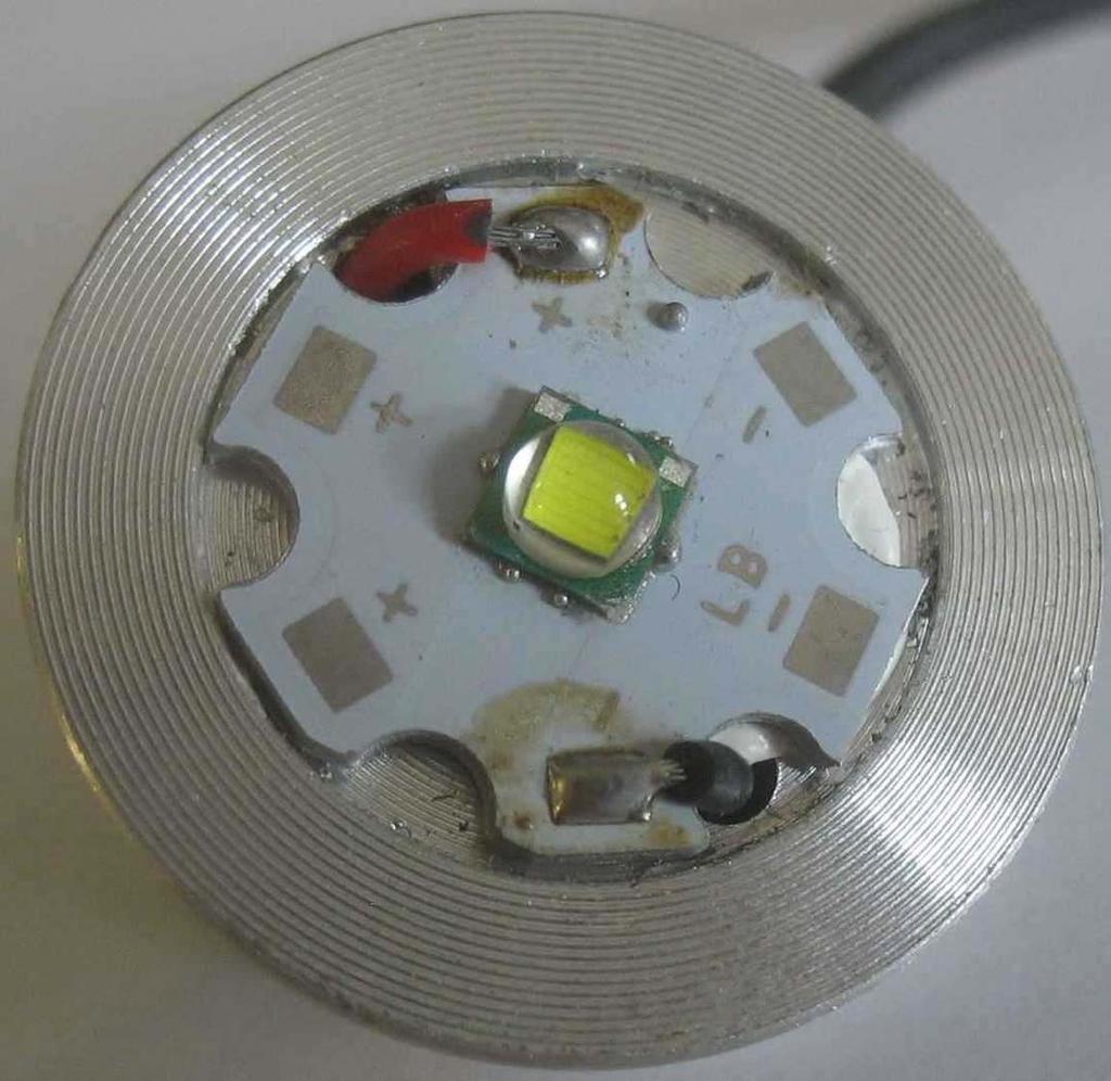 Inside Bright Eyes 1200 Faux Lumen Light-1200-l-led-pwb.jpg